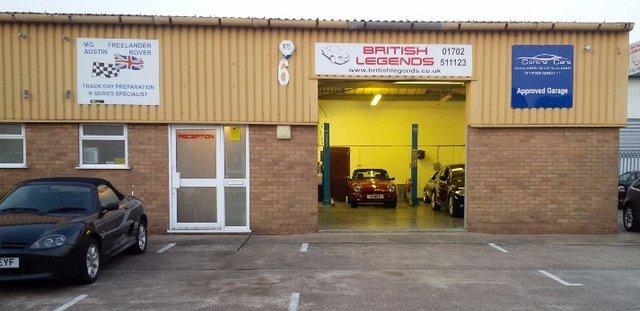 brit leg garage